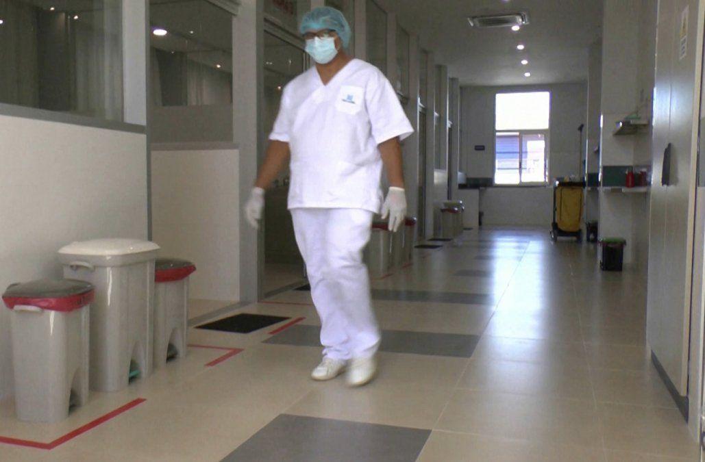 Trabajadores de la salud en cuarentena cobrarán subsidio desde el primer día