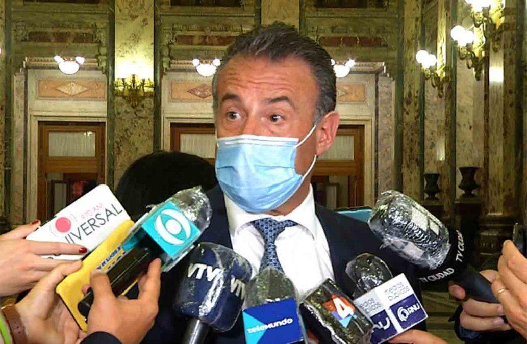 Ministro de Salud comparece en inauguración de comisión especial de Covid-19