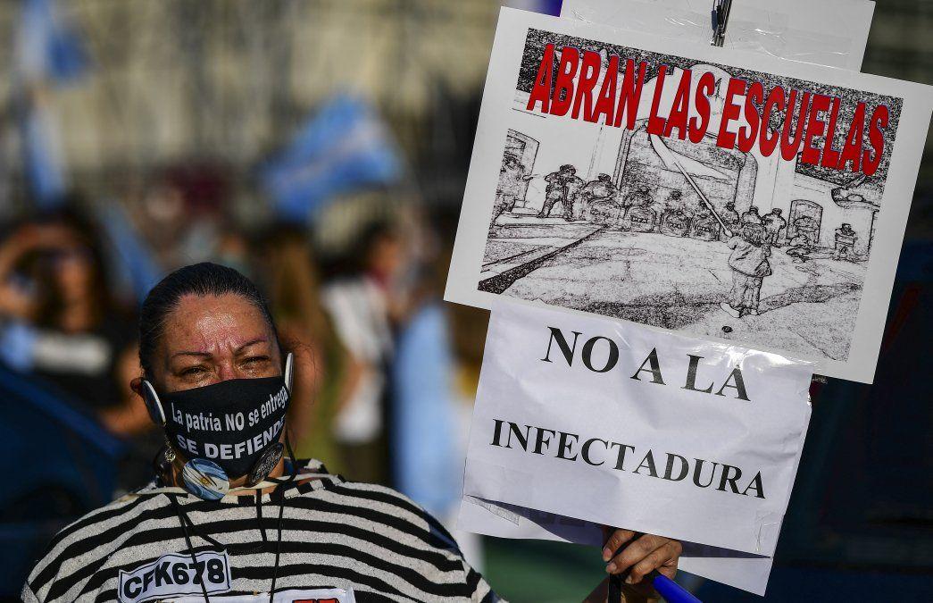 Protestas en Buenos Aires contra nuevas restricciones sanitarias