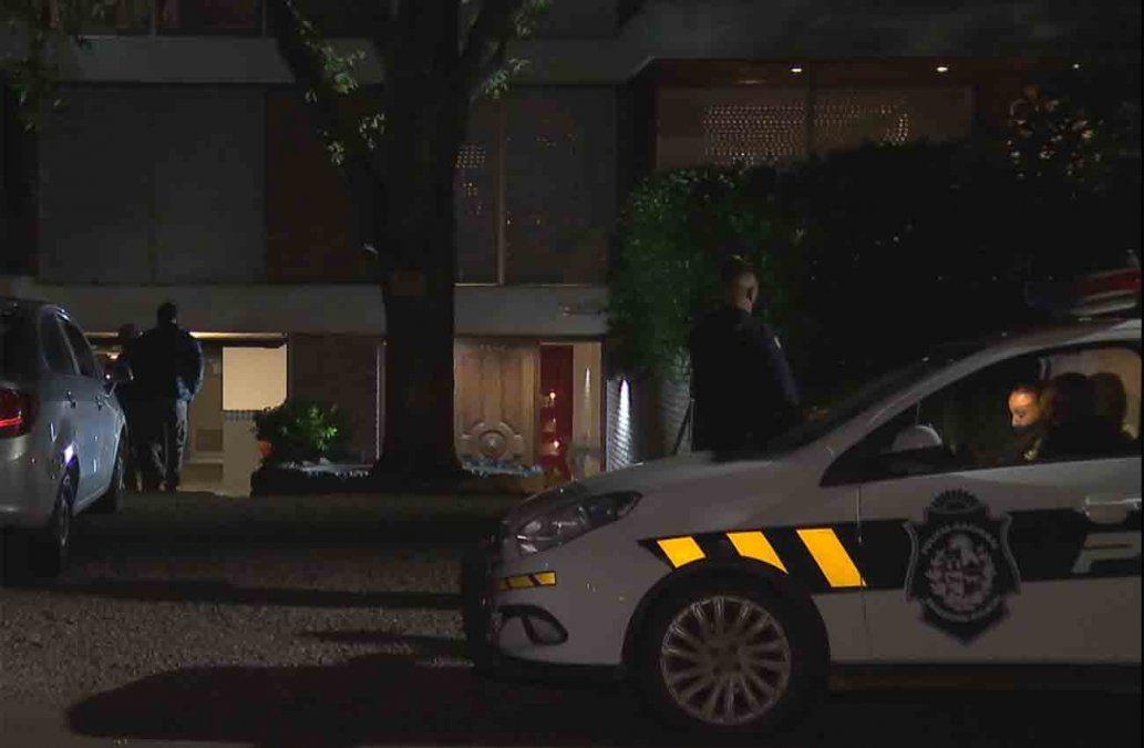 La Policía intenta identificar a cuatro delincuentes que coparon anoche dos casas de Carrasco
