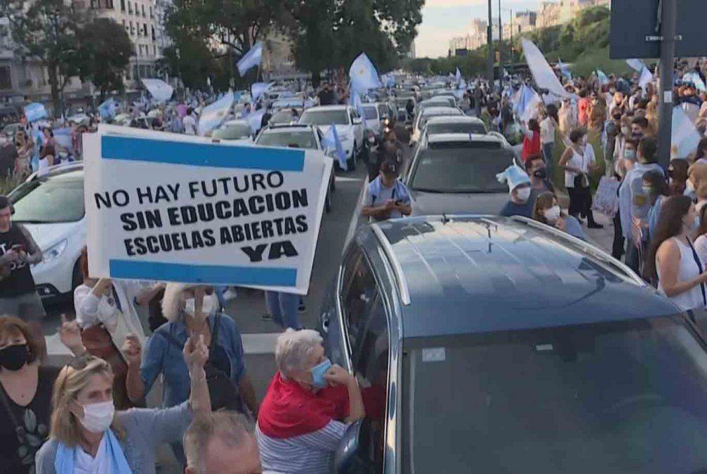 Justicia federal ordenó a la Ciudad de Buenos Aires suspender clases presenciales