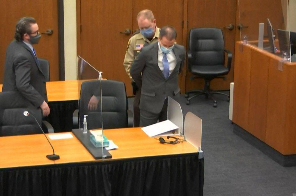 Expolicía Derek Chauvin culpable de todos los cargos por el asesinato de George Floyd