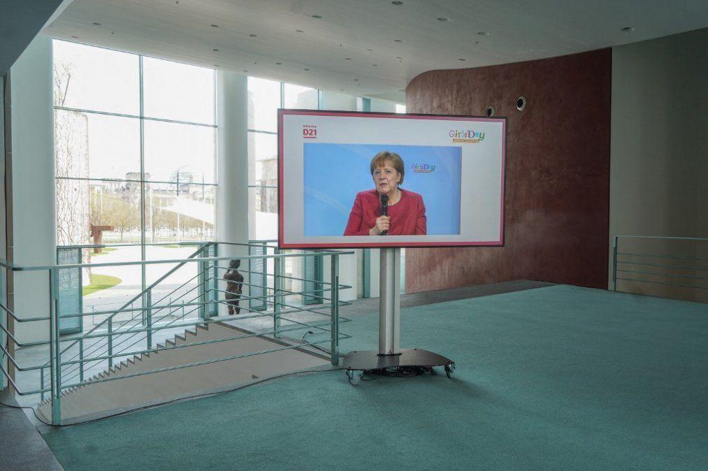 Gobierno alemán amplía poderes ante pandemia de covid-19,; podrá imponer toques de queda