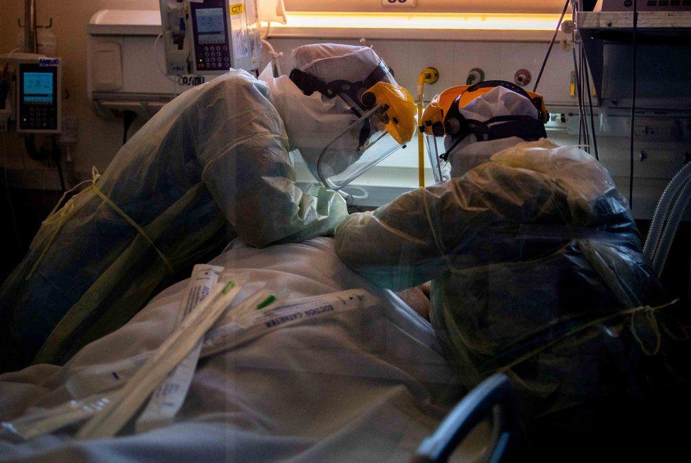 Hasta que los muertos no sean tus muertos no te tomarás en serio el Covid-19, dicen trabajadores de la salud