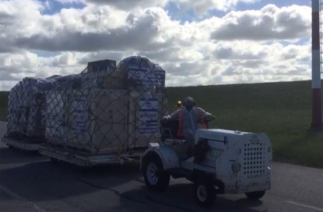 Llegó equipamiento donado por Israel; el martes llegan especialistas para asistir a médicos uruguayos