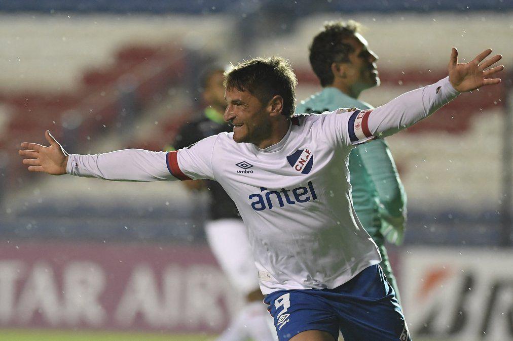 Nacional va por reencaminarse en Libertadores: recibe a Atlético Nacional de Medellín, líder de la tabla