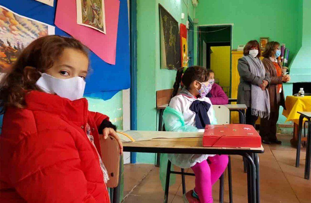 Sindicatos de la Educación se reúnen con el Codicen por reinicio de clases