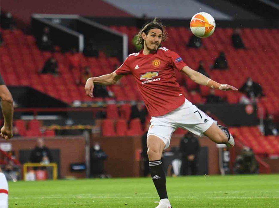 Manchester United vence a la Roma 6-2 con un Cavani imparable; dos goles y dos asistencias