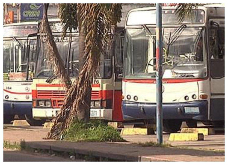 1° de mayo: ómnibus dejan de salir desde las 19 horas de hoy y no habrá taxis desde la medianoche
