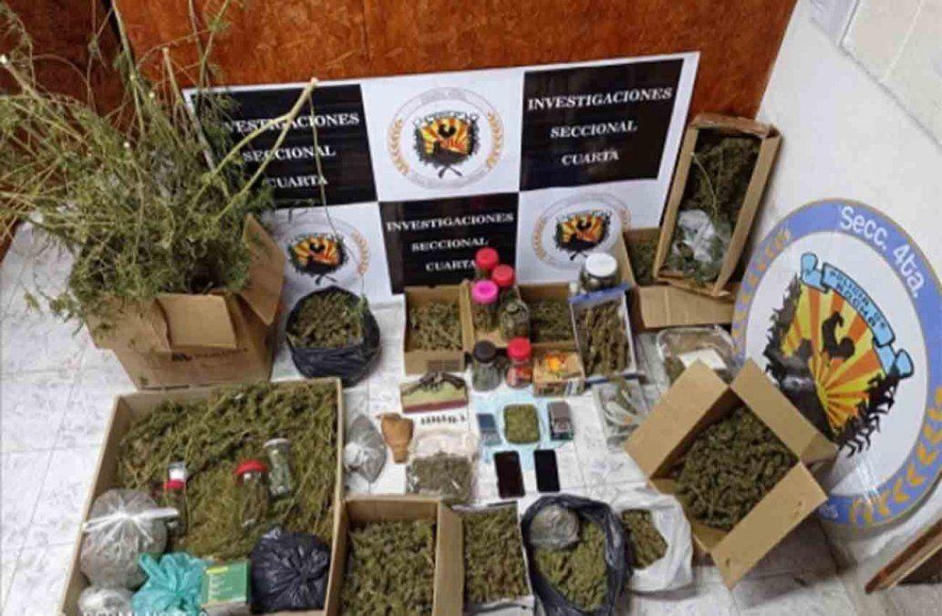Incautan 10 kilos de marihuana en cogollos escondidos en el baúl de un auto