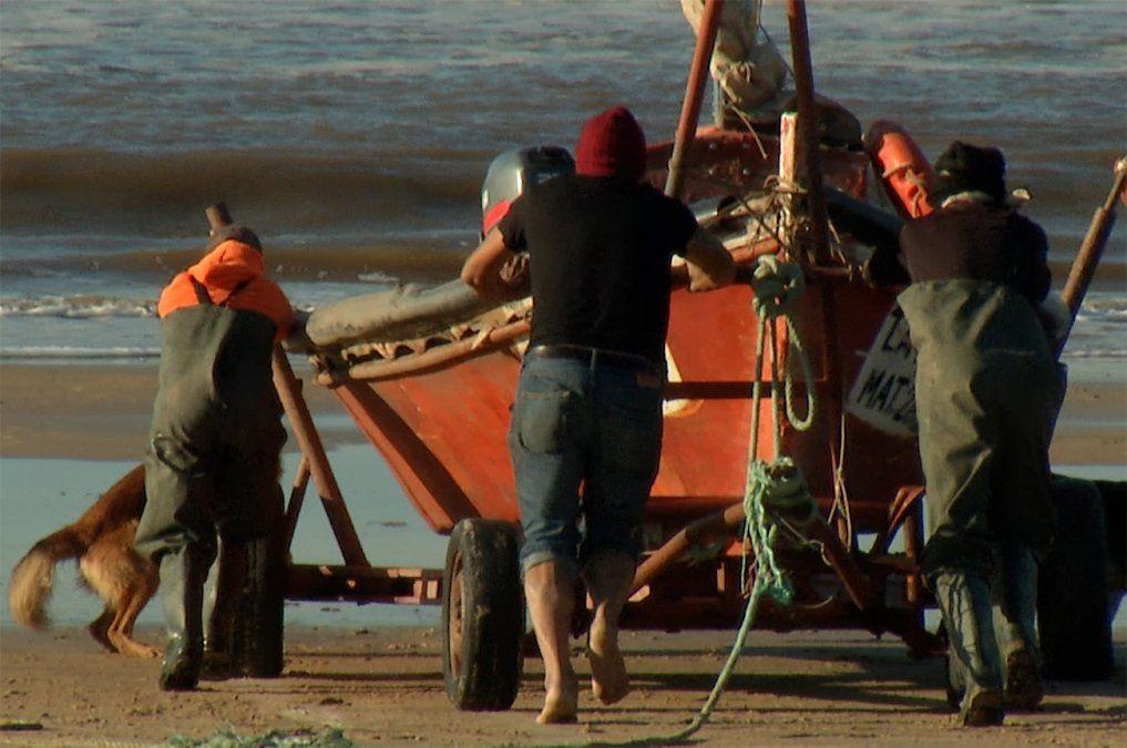 Pescadores artesanales de Ciudad de la Costa piden que la Intendencia los deje trabajar