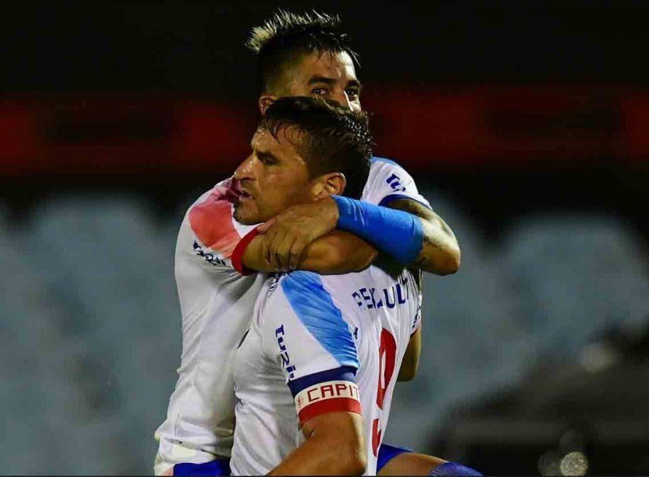 Nacional es Campeón de la Supercopa tras ganar2 a 0 a Wanderers