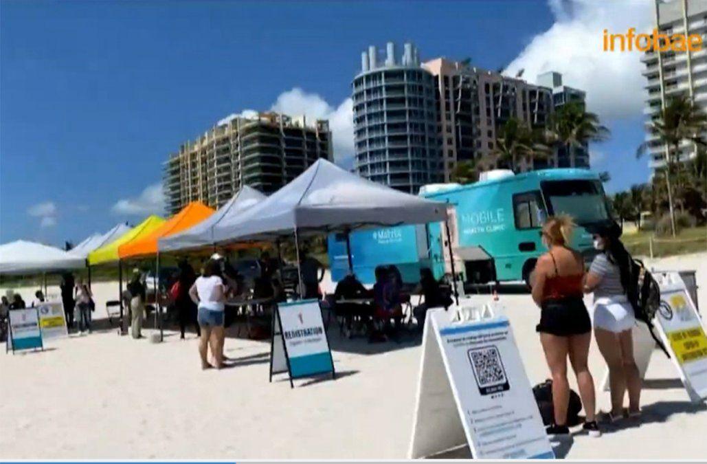 Miami comenzó campaña de vacunación gratuita en las playas