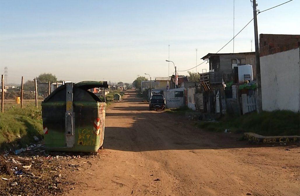 Incautan 2.500 dosis de pasta base y objetos robados en un asentamiento de Montevideo