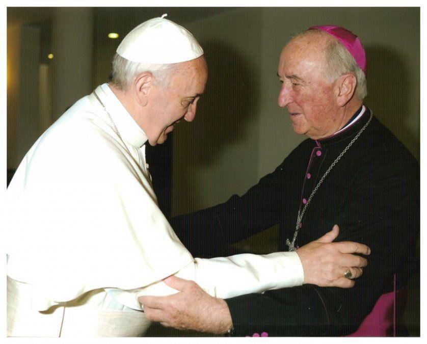 Scarrone con el papa Francisco