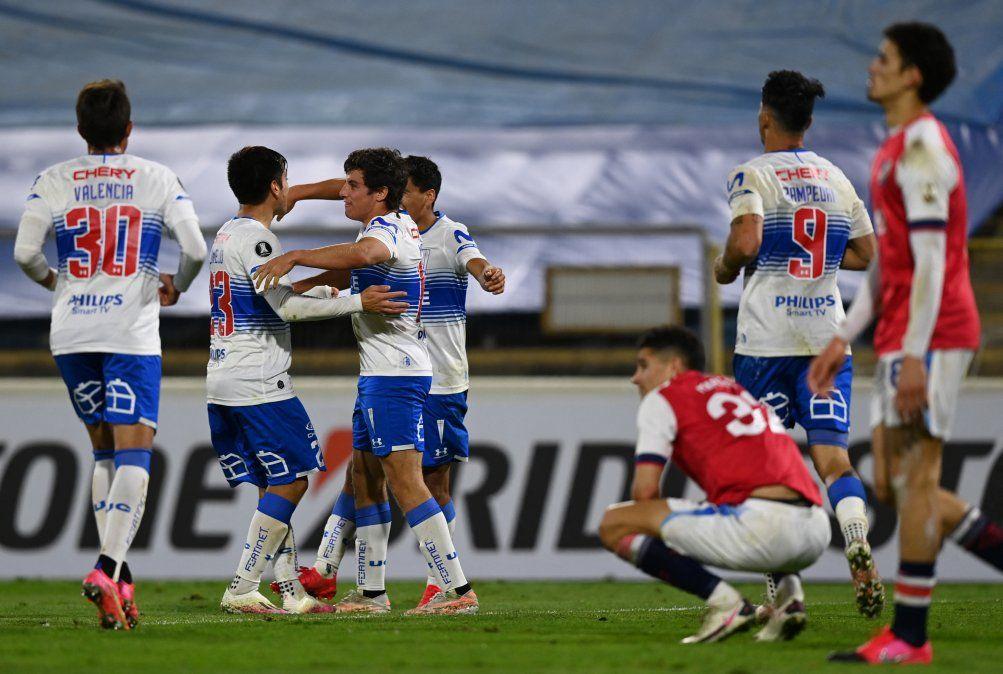 Nacional cayó ante Universidad Católica y está último en su grupo de Copa Libertadores