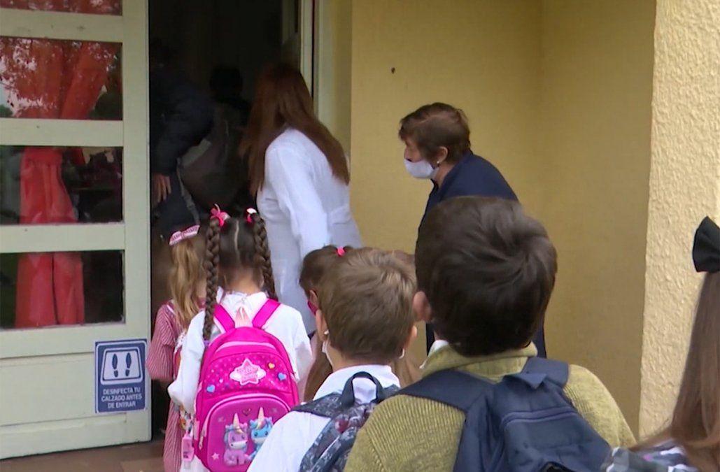Hoy retoman escuelas rurales con hasta 50 niños y alumnos de 5 años