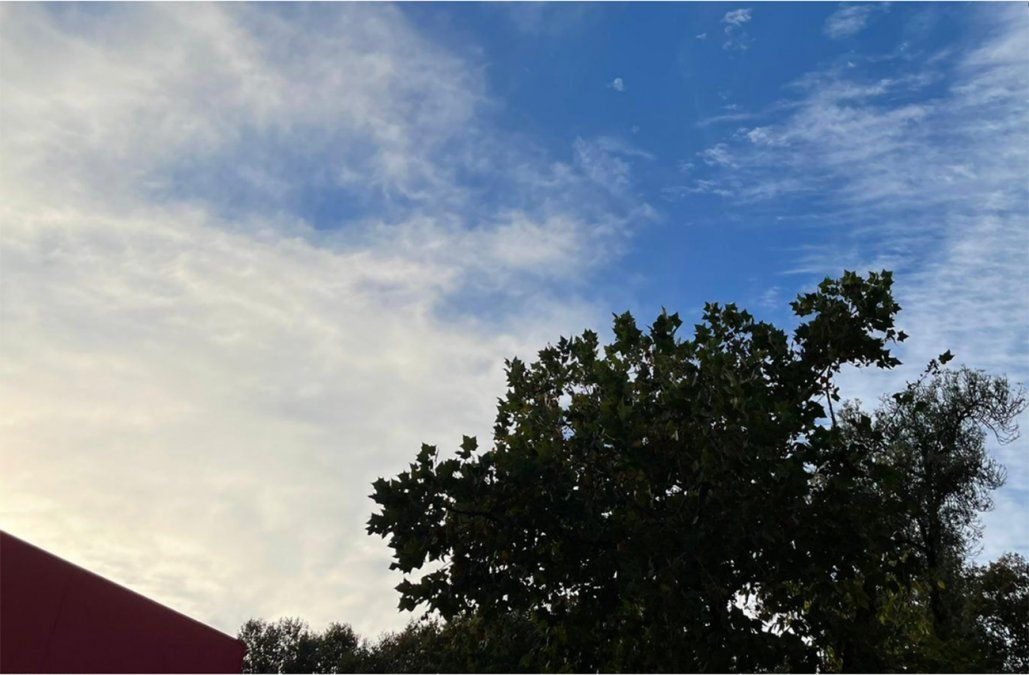 Domingo fresco y algo nuboso a cubierto en todo el país
