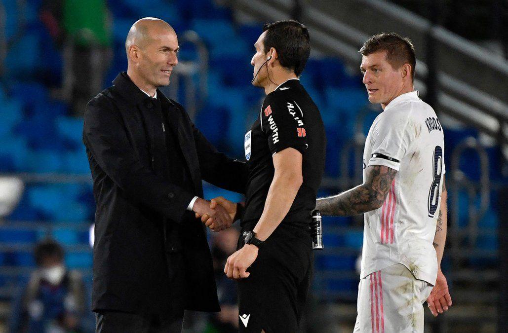 El Real Madrid rescata un punto ante el Sevilla