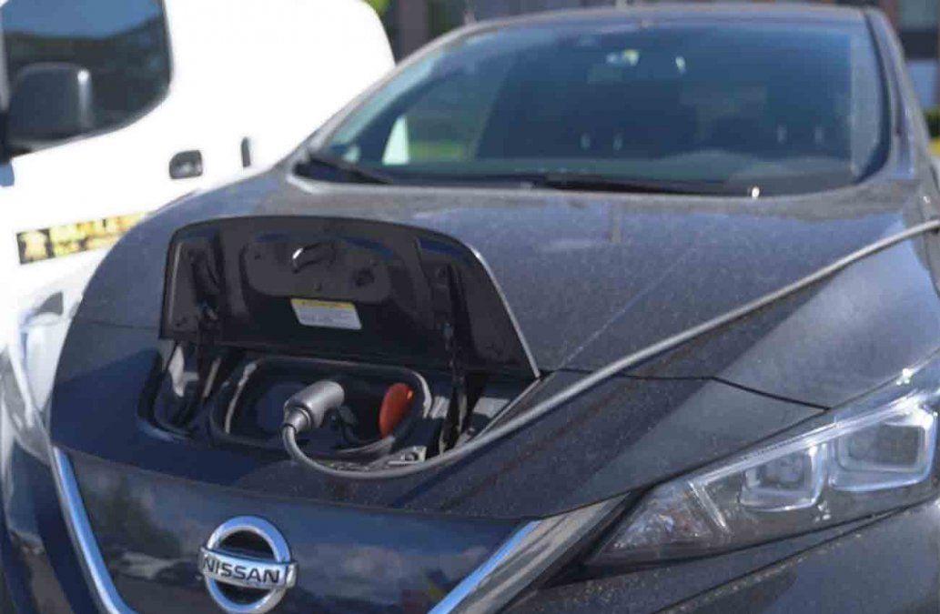 Construcción de autos eléctricos será más barata que la de motores de combustión para 2027