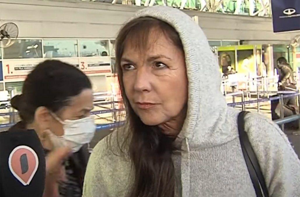 Mónica Gonzaga en Intrusos de América TV
