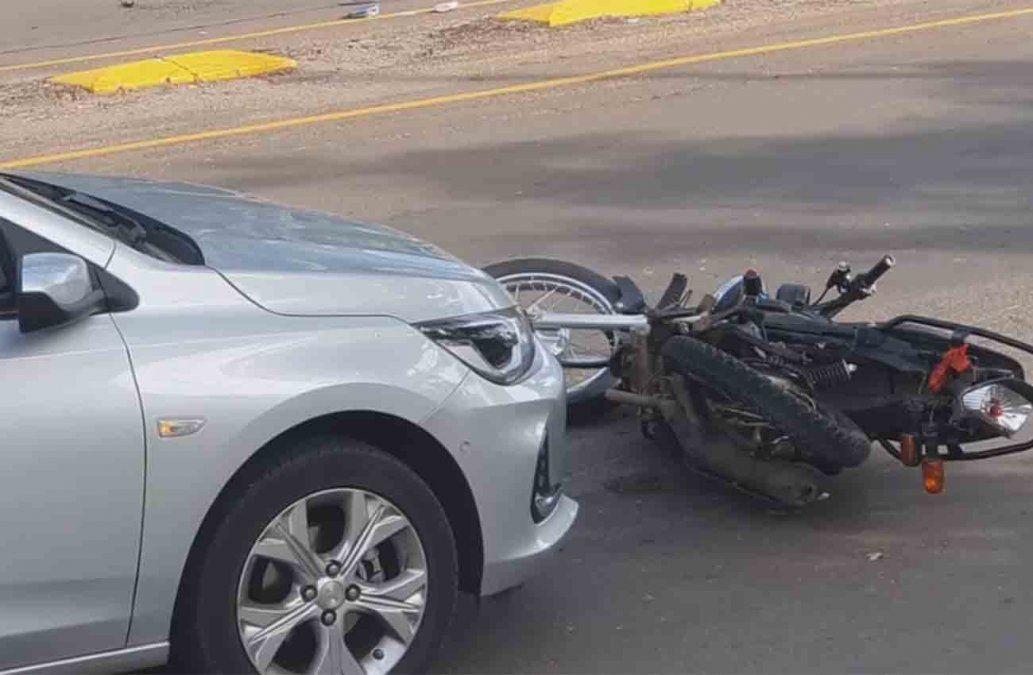 Una mujer murió tras ser atropellada por un auto conducido por un policía