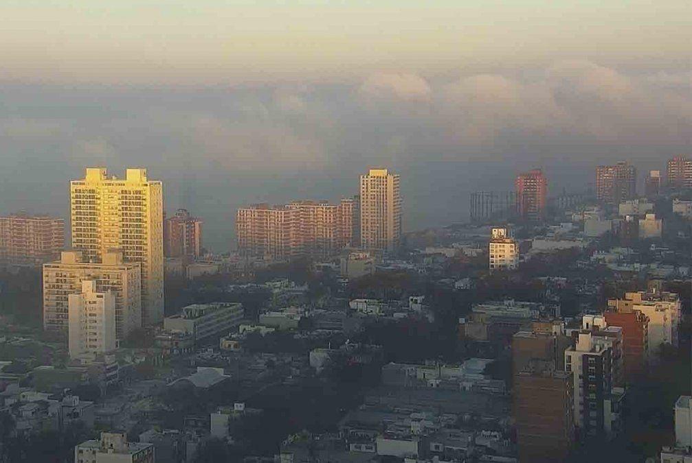 Lunes nuboso con probables precipitaciones y neblinas en Montevideo