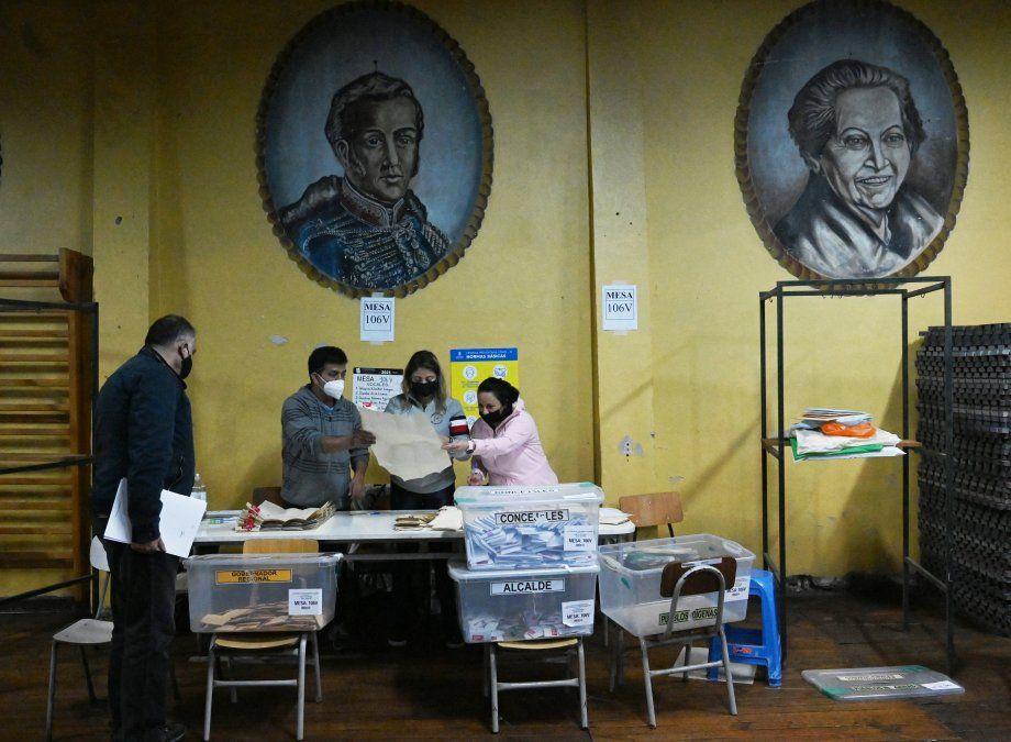 Izquierda e independientes ganan pulseada para redactar la nueva Constitución de Chile
