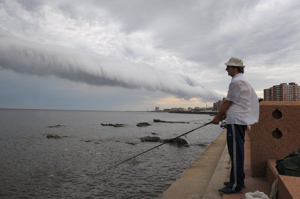 Tiempo nuboso a cubierto en todo el país; mañana desmejora