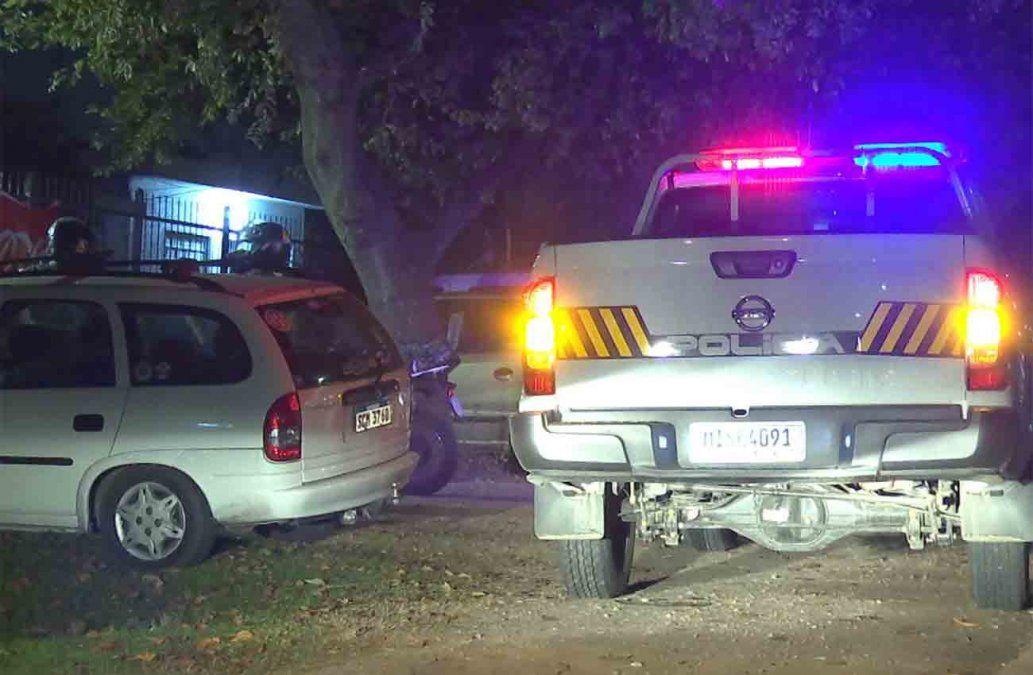 Asalto a autoservice en Colón: un vecino alertó al 911 pero rapiñeros huyeron