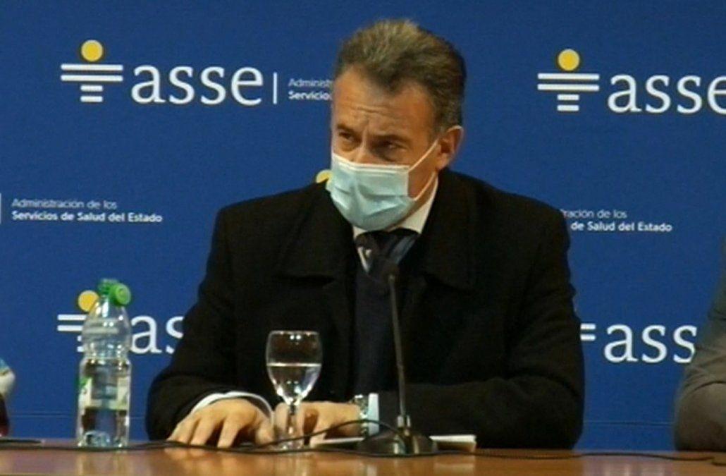 Daniel Salinas insistió en que la salida de la pandemia es vacunarse