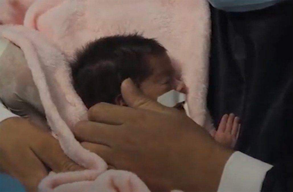 Embarazada de 28 semanas con Covid conoció a su beba 20 días después de dar a luz