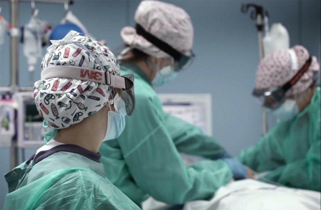 Hay 13 pacientes con Covid en CTI que tienen las dos dosis de la vacuna