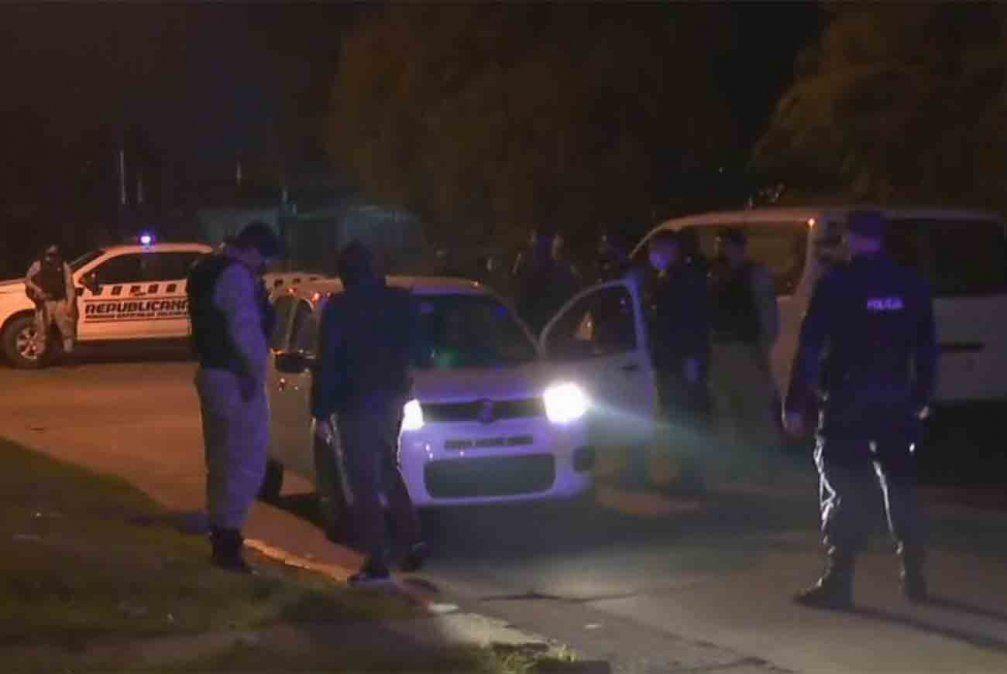 El auto que vendía la mujer y fue encontrado por la Policía.