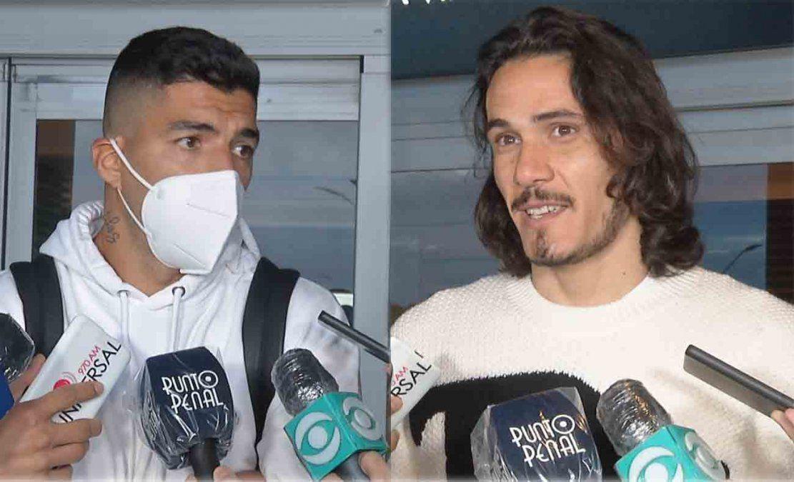 Suárez y Cavani llegaron a Uruguay para sumarse a los entrenamientos de la Selección