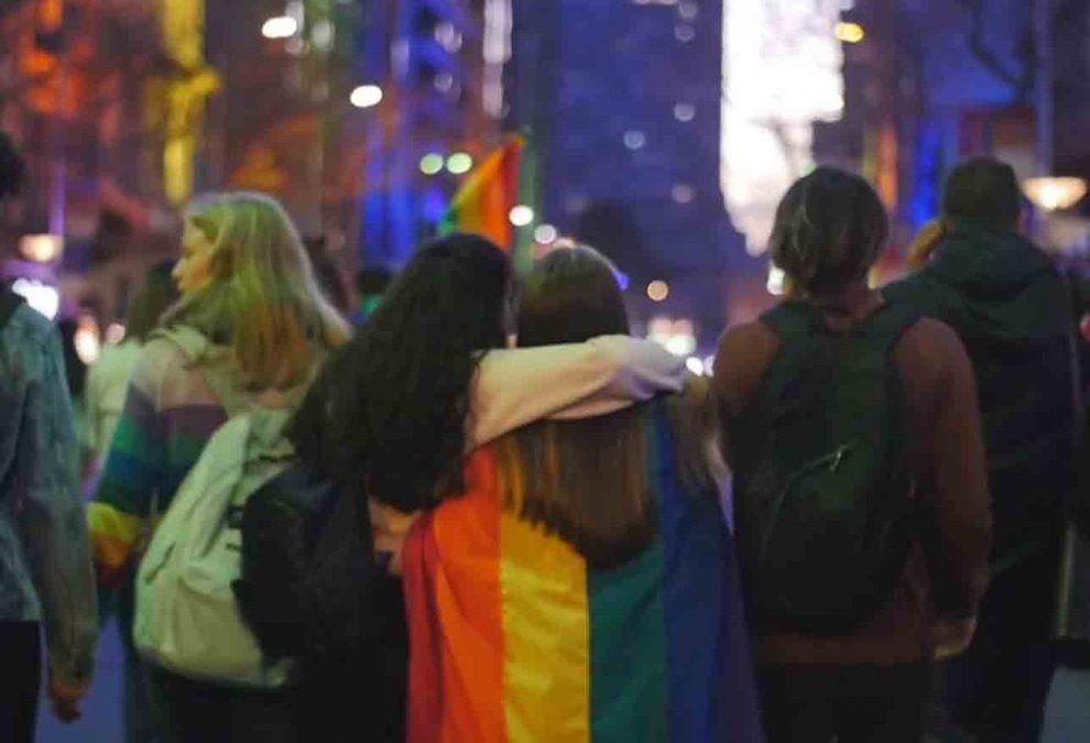 Denunciaron a un pastor de Young por publicar comentarios homofóbicos