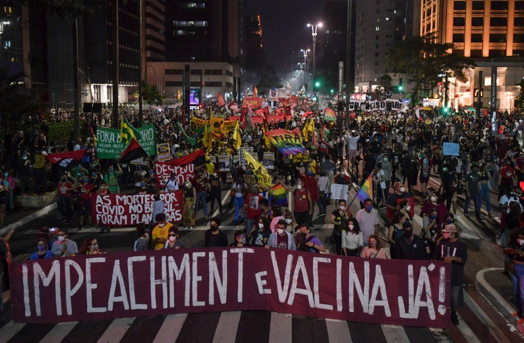 Nueva jornada de protestas callejeras contra Bolsonaro