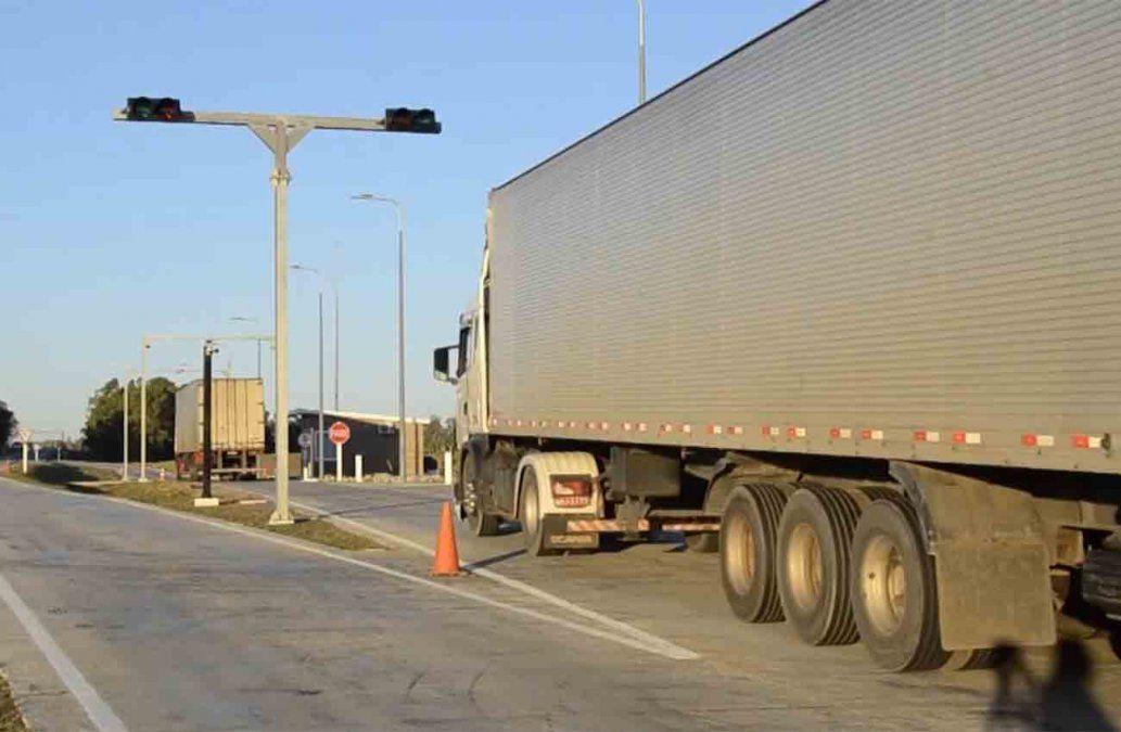 Otros cuatro camioneros fueron imputados por pagar coimas para evitar controles de carga