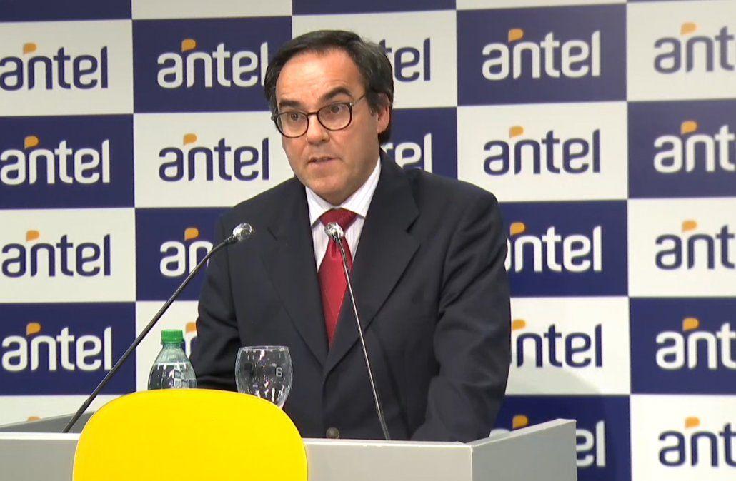 Vicepresidente de Antel Robert Bouvier.