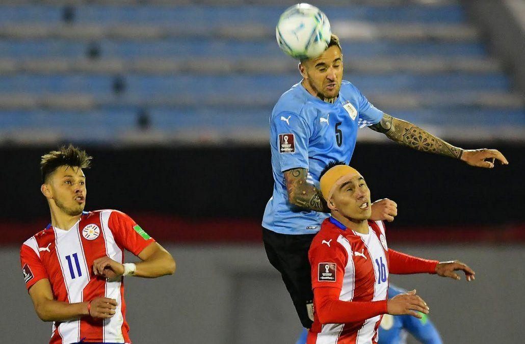 Uruguay no supo llegar al gol y empató con Paraguay 0 a 0