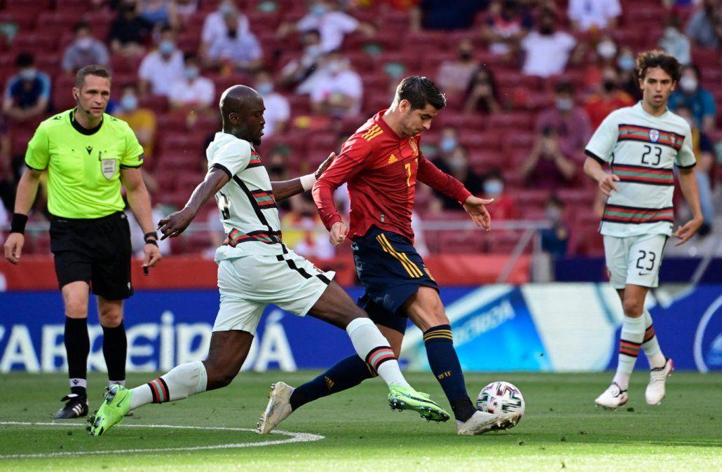 Amistoso entre España y Portugal (AFP).
