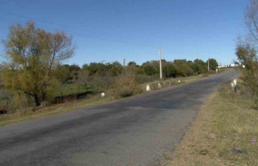 Una joven de 19 años falleció tras chocar de frente con una camioneta