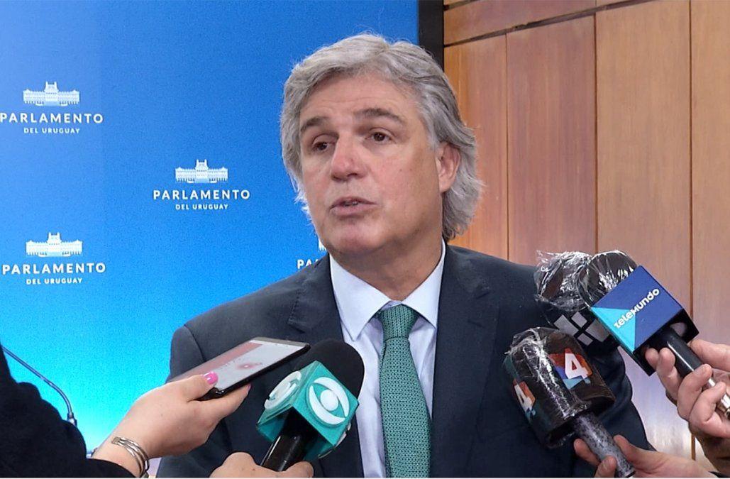 Canciller Francisco Bustillo en el Parlamento (archivo).