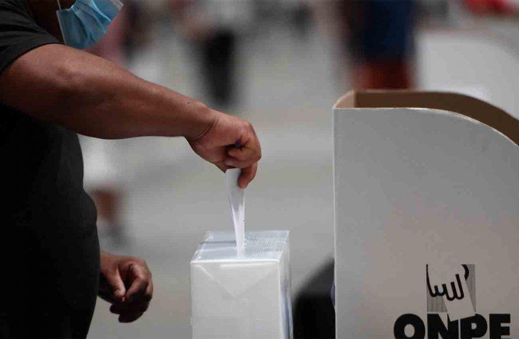 Comunicado de las Fuerzas Armadas por las elecciones en Perú.