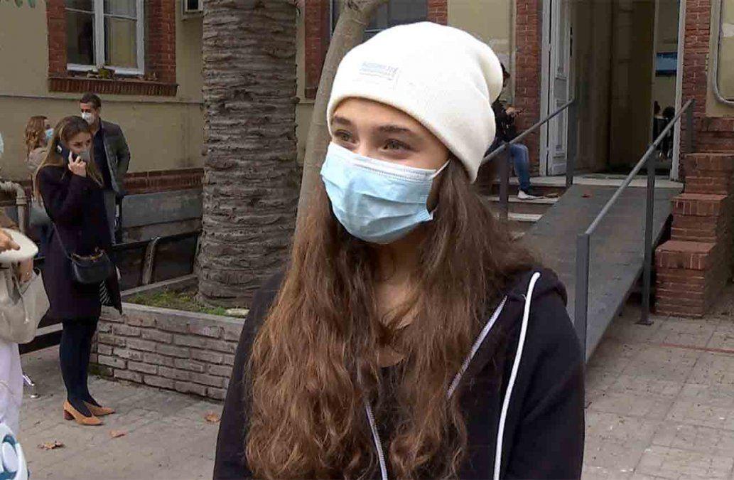 Los adolescentes comenzaron a vacunarse contra el Covid: es una luz al final del túnel
