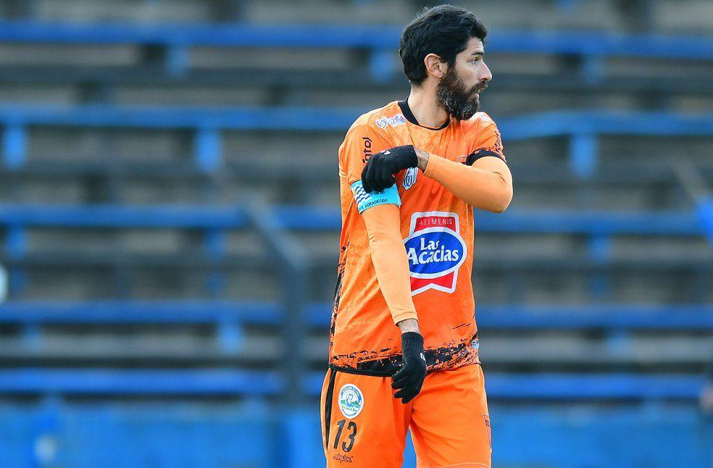 El Loco Abreu jugó su último partido como futbolista y Suárez le dedicó un mensaje
