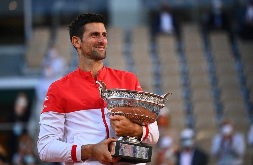 Djokovic conquista Roland Garros, su 19º Grand Slam
