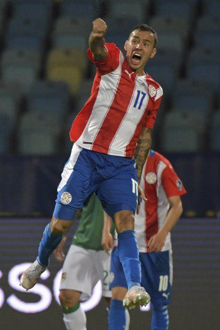 Con un gran segundo tiempo, Paraguay le ganó de atrás 3-1 a Bolivia en debut de Copa américa