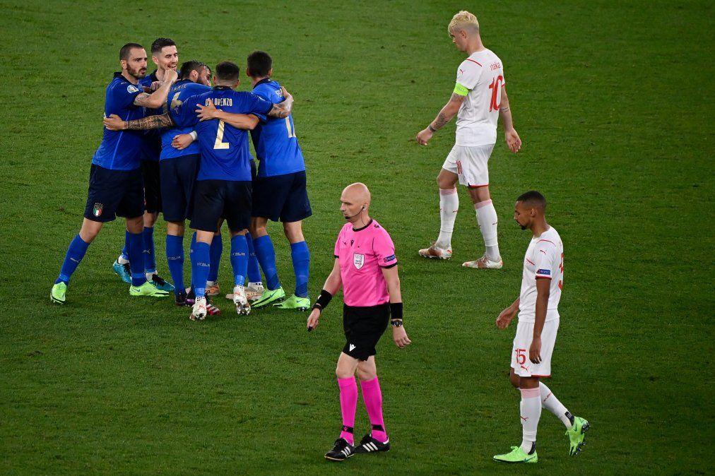 Italia sigue su camino triunfal en la Eurocopa tras golear 3 a 0 a Suiza
