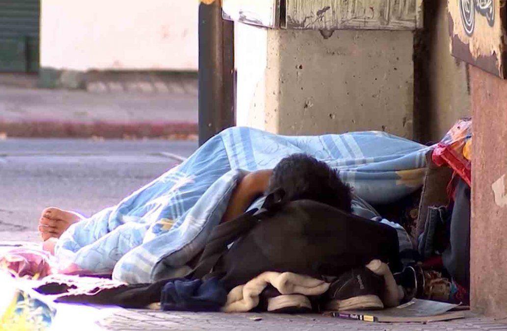 Habilitan pensiones y paradores nocturnos para personas en situación de calle